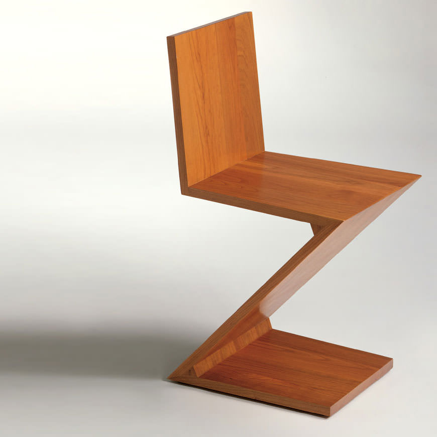 Zig zag chair 1934 for Iconic furniture designers